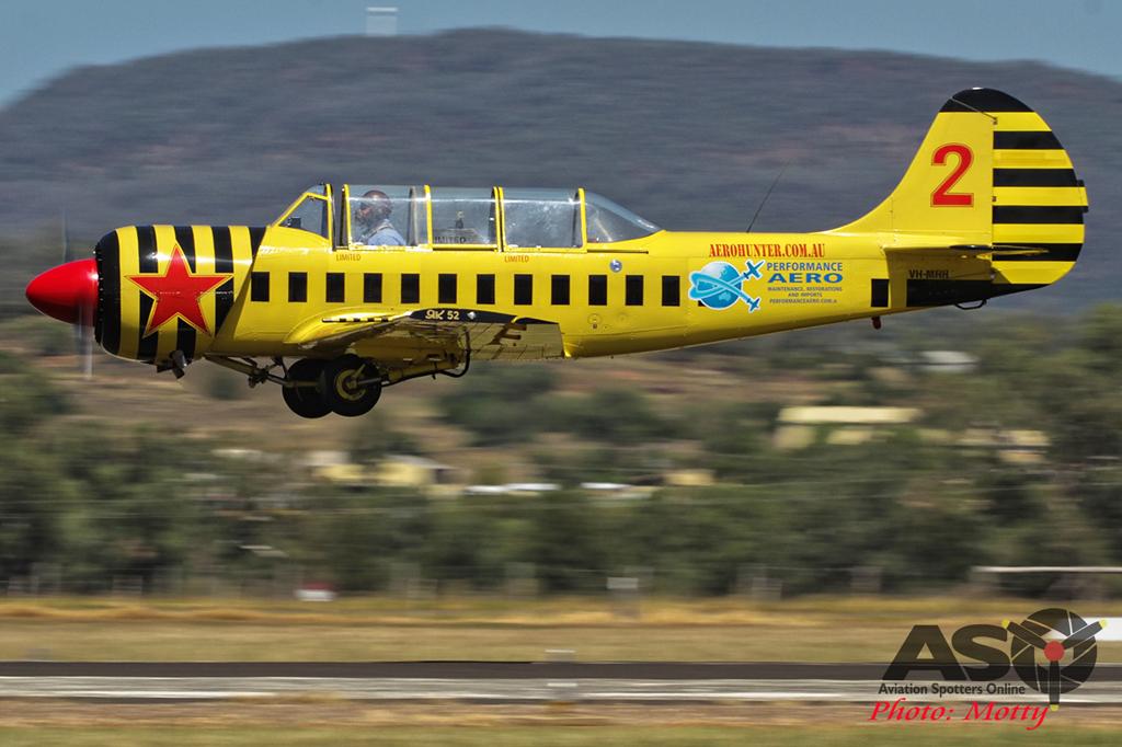 Mottys Yak-52 VH-MHH 0001 Gunnedah 2015